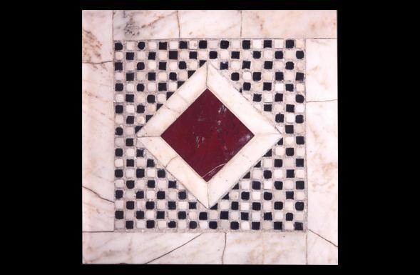 deferranti-cosmati-chequerboard-cosmati-panel-with-red-jasper-keystone