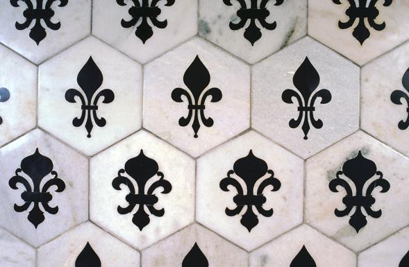 deferranti-inlay-fleur-de-lys-inlaid-monochrome-repeat-hexagonal-tiles