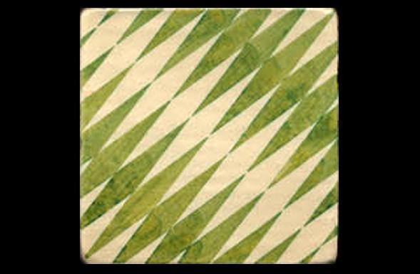 deferranti-italianate-appoggi-green-and-white-handpainted-terracotta-tile