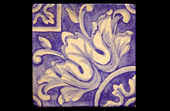 deferranti-italianate-lucia-lavender-and-white-handpainted-terracotta-tile